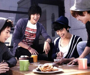 F4, kim bum, and kim hyun joong image