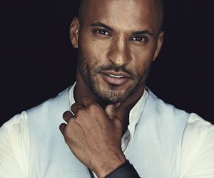 ricky whittle and the 100 image