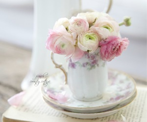 flowers, vintage, and decor image