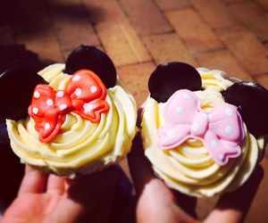 cupcakes, disney, and mickey mouse image