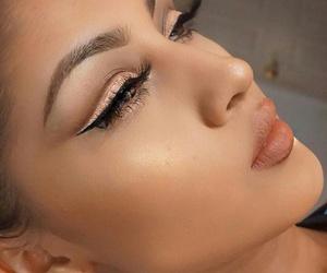 beauty, highlighter, and luxury image