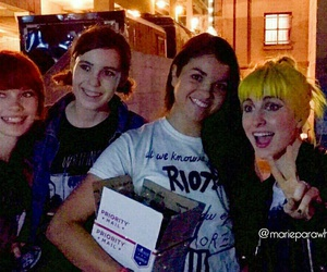 fans, hayley williams, and paramore image