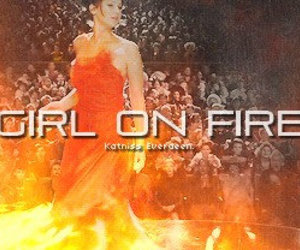 hunger games, girl on fire, and katniss everdeen image