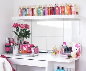 room and Victoria's Secret image