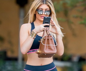 kylie jenner, fashion, and makeup image