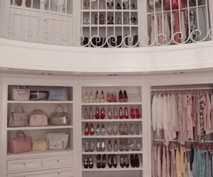 closet and scream queens image