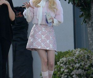 emma roberts, chanel oberlin, and scream queens image