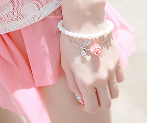 bracelet, girly, and pearl image