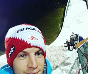 ski jumping image