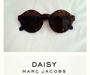 fashion, marc jacobs, and daisy image