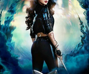 shadowhunters, isabelle lightwood, and the mortal instruments image