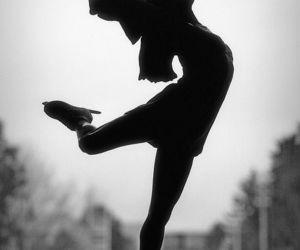 girl, ice skating, and figure skating image