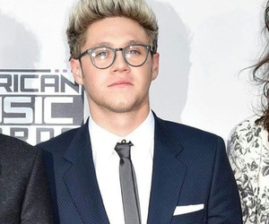 niallhoran, redcarpet, and onedirection image