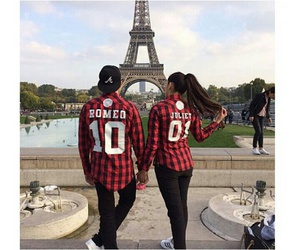 couple and paris image