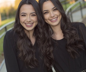 dimples, nessa, and twins image