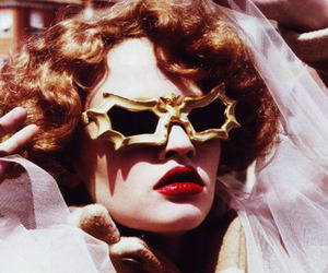 fashion, Lara Stone, and peggy guggenheim image