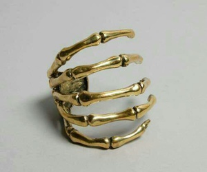 ring, gold, and skeleton image