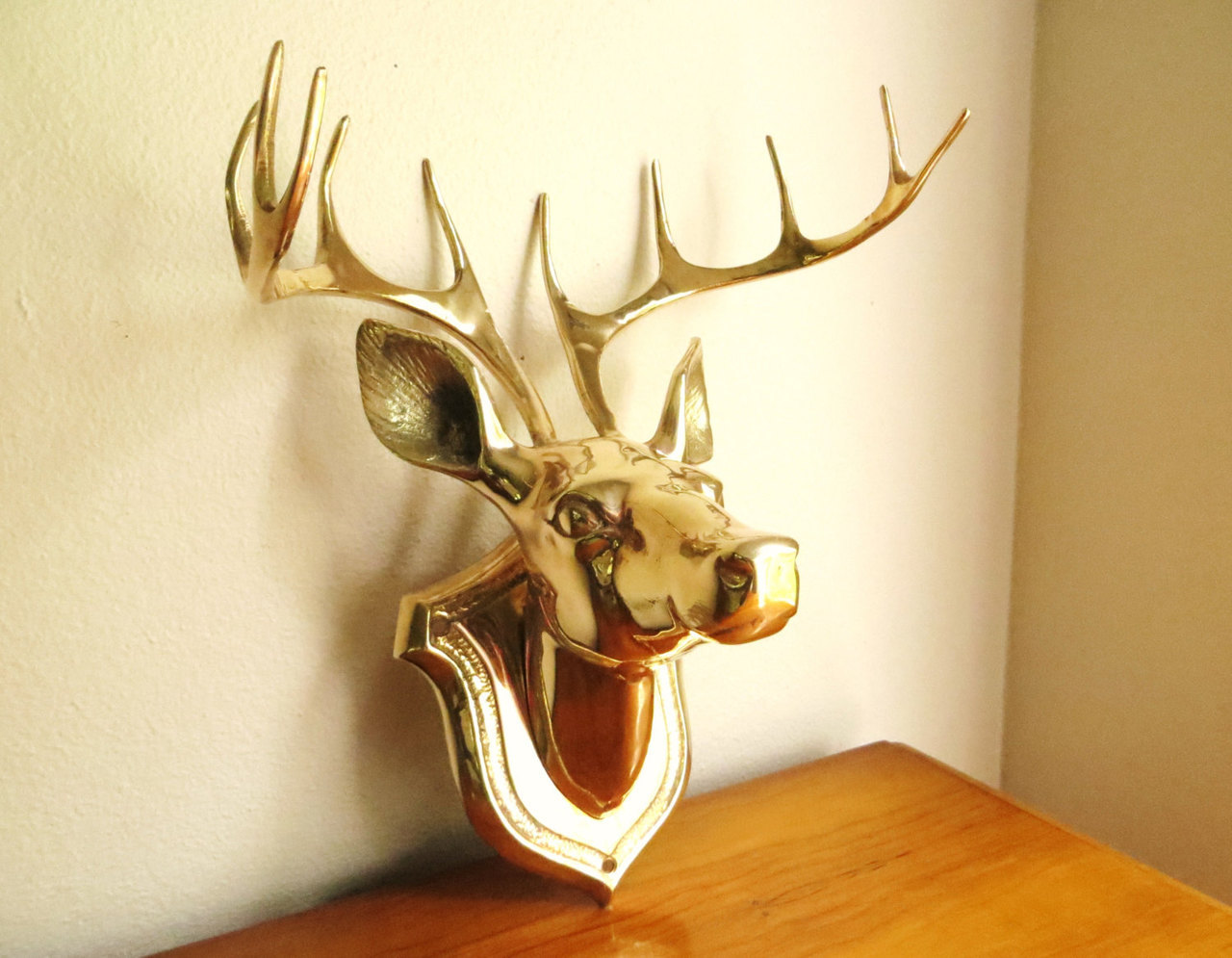 Perfect Contemporary Carved Deer Head Wall Decor Photo   The Wall Art ..