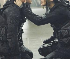 katniss, peeta, and katniss everdeen image