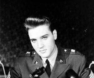 Elvis Presley, elvis, and handsome image