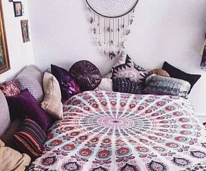 cama and hippie image