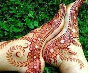 arabic, feet, and henna image