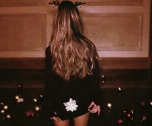 ariana grande, christmas, and arianagrande image