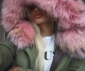 pink, blonde, and pia mia image
