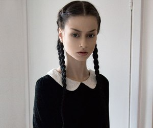 felice fawn and model image