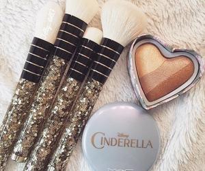 makeup, mac, and Brushes image