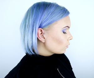 blue hair, hair, and bob hair image