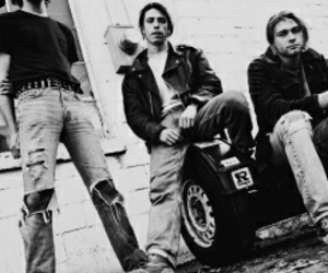 band, black and white, and kurt cobain image
