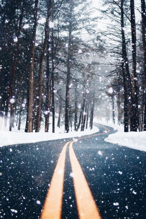 Winter Wallpaper Shared By Mrs Payne On We Heart It
