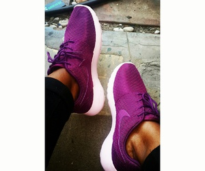 nike, purple, and roshe image