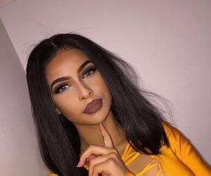 beauty, contour, and eyelashes image