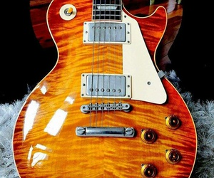 electric guitar, gibson, and guitar image