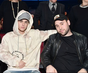 justin bieber, american music awards, and scooter braun image