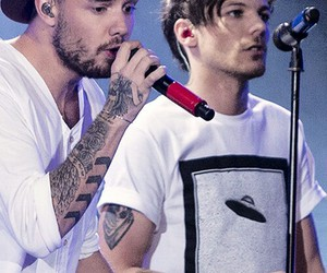 one direction, louis tomlinson, and lilo image