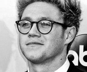 niall horan, one direction, and black and white image