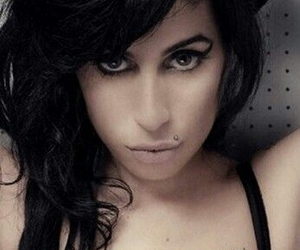 Amy Winehouse and blake tattoo image