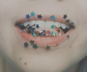 stars, lips, and grunge image