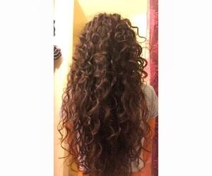 بُنَاتّ, girl, and curly hair image