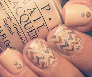 beige, nail art, and Motif image