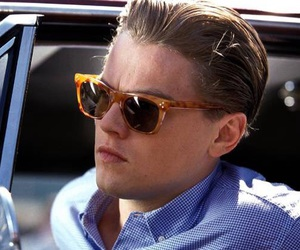 leonardo dicaprio, catch me if you can, and movie image