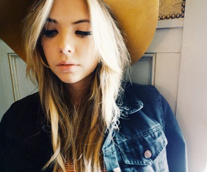 ashley benson, blonde, and pretty little liars image