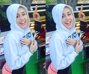 miley cyrus and smile image