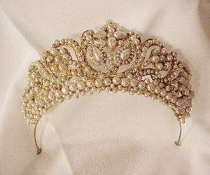 crown, pearls, and vintage image