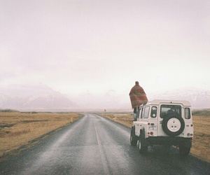 road and iceland image