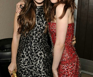 beautiful, lily collins, and best friends image