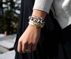 accessories, bracelet, and clothes image